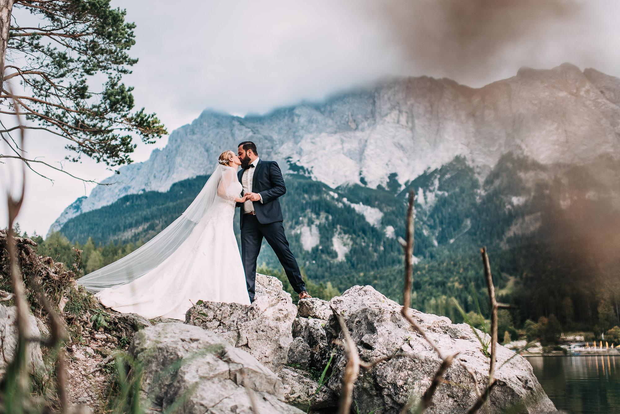 Hochzeitsshooting in den Bergen am Eibsee
