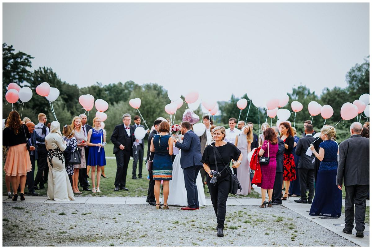 Hochzeitsfotografin Stephanie Kunde auf Hochzeitsfeier